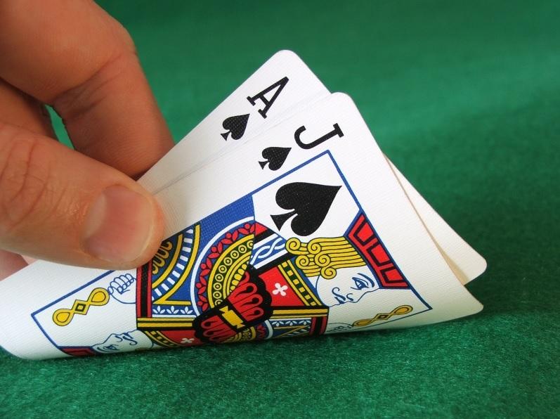 Il gioco del blackjack: una delle principali attrattive del casinò online -  Agenpet